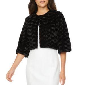 Ronni Nicole | 3/4 Sleeve Faux Fur Shrug